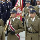 Żołnierze Ćwiczą Przed Defiladą 15 Sierpnia